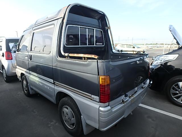 1991 Daihatsu ATRAI Deck Van 4WD Turbo - $11,000